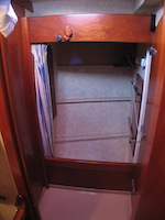 Amel Super Maramu 2000 forward Closet