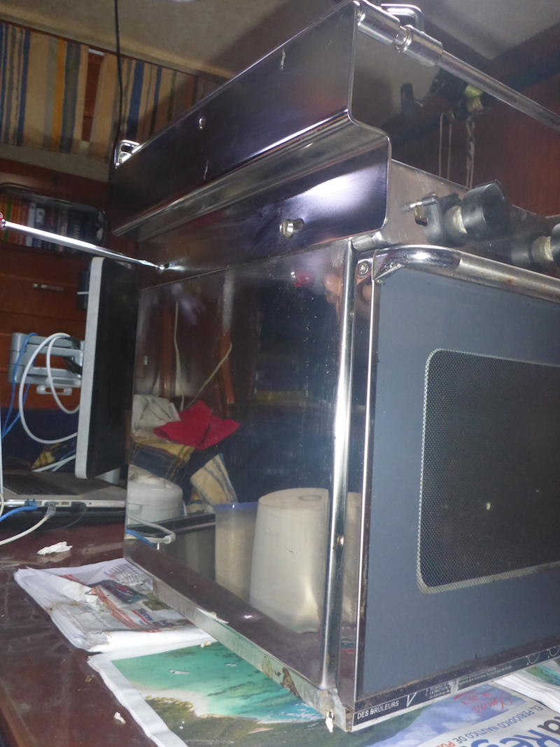 Amel Super Maramu 2000 Eno Stove Oven cleaning